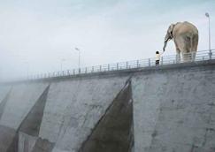 """Distopie e Apocalissi Italiane del XXI Secolo: """"L'uomo verticale"""" (2010) di Davide Longo"""